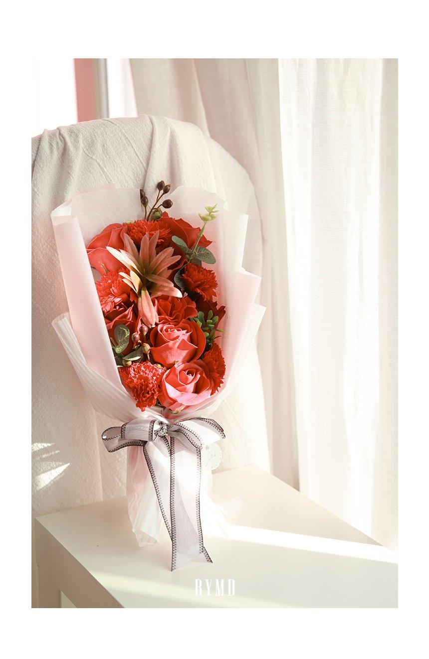 bloom-page_04.jpg