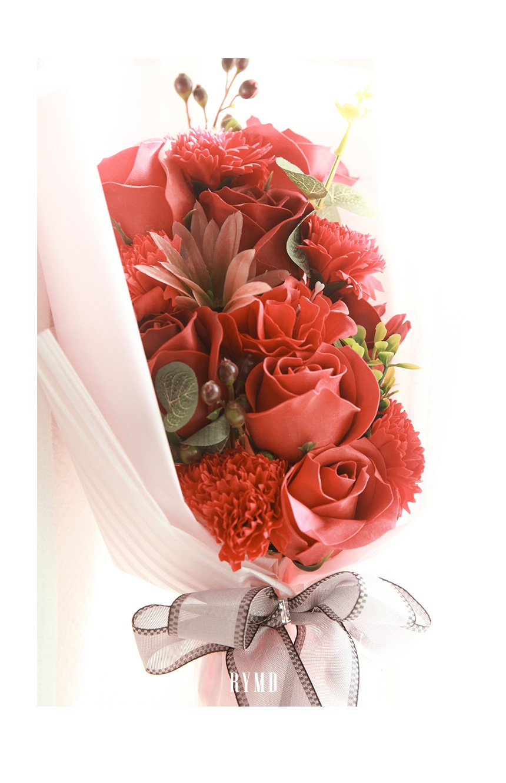 bloom-page_07.jpg